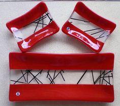 Red Sushi Set - Delphi Artist Gallery by Ilene Goldman Designs Slumped Glass, Fused Glass Plates, Fused Glass Art, Glass Dishes, Ceramic Plates, Glass Bowls, Sushi Set, Glass Fusion Ideas, Glass Fusing Projects