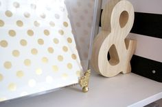 A cute, simple Kate Spade inspired gold and acrylic office accessory tutorial.