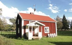 Holiday Home Lammhult with a Fireplace 06 Lammhult Holiday Home Lammhult with a Fireplace 06 is a holiday home located in Asaryd in the Kronoberg Region and is 33 km from V?xj?. The unit is 48 km from V?rnamo. Free private parking is available on site.
