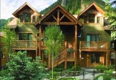 Modern West End Condo- Airbnb Gorgeous condo in Aspen's West End. Family friendly, access to pool,