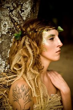 woodland creature.  glitter. earthy ethereal