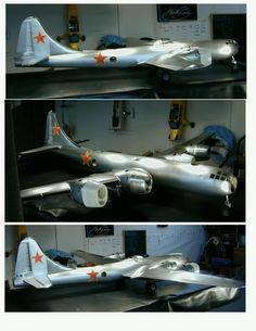 Google Image Result for http://www.aviation.ru/contrib/dmaiorana/Tu-4_flying_model.jpg