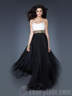 Wholesale Sexy Sweetheart A-line Chiffon Floor-length Black Beading Prom Dresses$126.99