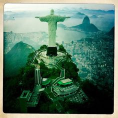 I dream about seeing this statue in Rio.  I don't know what draws me to it...