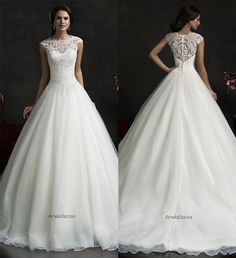 Vestido de noiva com saia volumosa