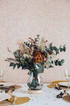 Dried Flower Arrangements, Flower Vases, Flowers Nature, Dried Flowers, Room Deco, Bouquet, Bloom, Illustration, Painting