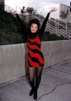 fran drescher the nanny outfits Nylons, Pantyhose Outfits, Nanny Outfit, 90s Outfit, Clueless Outfits, Cute Outfits, Fashion Tv, Fashion Outfits, Fran Fine Outfits