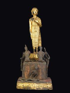 "Lot : A gilt bronze ""Buddha's worship"" group, Thailand, 19th century  - h cm 45,5  - [...]   Dans la vente Fine Chinese Works of Art (Milano) à Cambi Casa d'Aste"