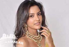 பிகினியில் நடிக்க தயாராகும் ப்ரியாஆனந்த்!  http://cinema.dinamalar.com/tamil-news/13367/cinema/Kollywood/Priya-Anand-ready-to-act-in-Pikini.htm