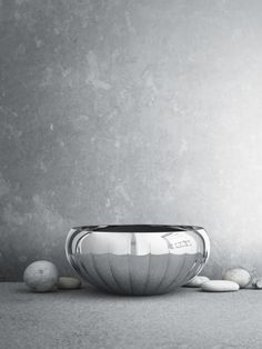 The LEGACY Mirror bowl designed by the #Danish design brand Georg Jensen. The design was introduced in 2009 as part of Philip Bro Ludvigsen's LEGACY collection.