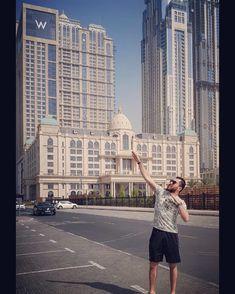 Dont be afraid of height. Live your life higher #dubai #uae #travel #vacation #bartender #restday #dayoff #mixology #dreamdestination #likeforfollow #like4like #likeforlike #like4follow #instagram #instalike #instagramhub #whotels #w #jumeriah #travelblogger