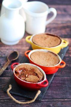 Σουφλέ πραλίνας με 4 μόνο υλικά | Cool Artisan Chocolate, Tableware, Dinnerware, Schokolade, Dishes, Chocolates