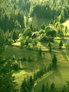 Apuseni Mountains,Romania - Western- side of Romanian Carpatians Beautiful Places To Visit, Beautiful World, Travel Around The World, Around The Worlds, Visit Romania, Sites Touristiques, Romania Travel, Beau Site, Amazing Nature