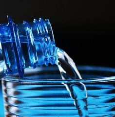 Simple Home Water Purification Guide! Examining Major Factors In Making Safe Water - Prep Step Instant Beauté, Benefits Of Drinking Water, Survival Life Hacks, Best Workout Plan, Mother Earth News, Ate Too Much, Water Purification, Weight Loss Challenge, For Your Health