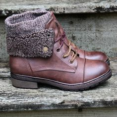 Stone Mountain Sweater Boot Burgundy With Fur Cuff