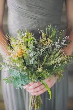 rustic inspired bouquet - photo by Chelsea Morgan Photography http://ruffledblog.com/north-carolina-tree-farm-wedding