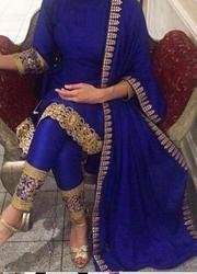 Salwar Kameez – Page 8 – Salwar Kameez Online Indian Long Dress, Party Wear Indian Dresses, Party Wear Kurtis, Kurti Designs Party Wear, Dress Indian Style, Bridal Dresses, Sleeves Designs For Dresses, Dress Neck Designs, Stylish Dress Designs