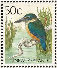 New Zealand bird postage stamp Postage Stamp Collection, World Birds, Art Folder, Stamp Printing, Vintage Stamps, Old Postcards, Kingfisher, Fauna, Mail Art