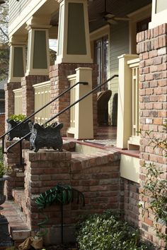 Combo of green pillars with brick (Rock Porch Step) Porch Step Railing, Front Porch Railings, Brick Porch, Front Stoop, Porch Steps, House On The Rock, House With Porch, House Roof, Brick Steps