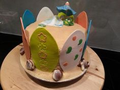 Surfboard and beach cake