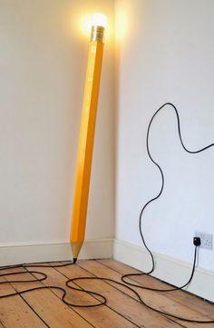HB Lamp é uma criação da dupla de designers Michael & George.