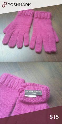 Banana republic gloves Banana republic cashmere gloves Banana Republic Accessories Gloves & Mittens