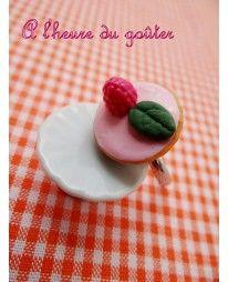 "Bague ""Tarte"" framboise  www.a-l-heure-du-gouter.com"