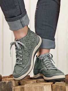 Shop Jambu Shoes. Women's Jambu Lotus Sneakers feature vintage-look perforated leather and snuggly linings. So cozy inside, you don't need to wear socks!