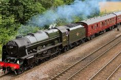 Where can I see the Scots Guardsman steam train this weekend? - Manchester…