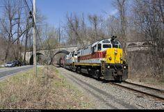 RailPictures.Net Photo: DL 2452 Delaware Lackawanna Alco C425 at Portland, Pennsylvania by John McCloskey Jr.