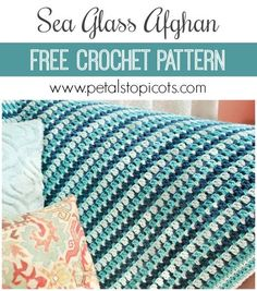 A gorgeous crochet pattern with a simple and repetitive stitch pattern that lets your mind wander as you work ... so restorative and meditative. Click over for the free pattern. #petalstopicots