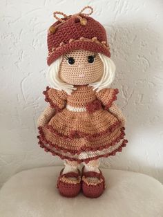 Amigurumi crochet DOLL Sweet cuddly doll with knitted dress // Галина Черкасова Crochet Doll Pattern, Crochet Patterns Amigurumi, Amigurumi Doll, Crochet Dolls, Free Crochet Bag, Cute Crochet, Crochet Mignon, Bag Pattern Free, Crochet Doll Clothes