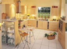 Minimalist Yellow Kitchen Design - Minimalist home interior design that is simple to date is also still a lot of interest by the community because,,, Yellow Kitchen Designs, Yellow Kitchen Walls, Kitchen Wall Colors, Kitchen Decor Themes, Home Decor, Yellow Kitchens, Kitchen Ideas, Yellow Walls, Kitchen Planning