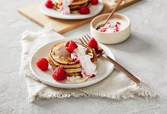 banana-almond-pancakes-with-raspberry-yoghurt