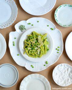 hello creamy macaroni with peas and parmesan! Photography and food styling by Panka Milutinovits / hello garlic!