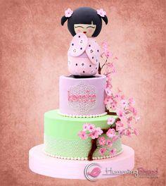 Kokeshi Doll - Cake by HummingBread