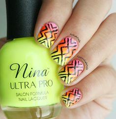 Neon Tribal Nails ( + Tutorial)