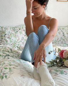 Carré Blanc (@carreblancparis) • Photos et vidéos Instagram Camisole Top, Tank Tops, Photos, Instagram, Women, Fashion, Spring Summer, Moda, Halter Tops