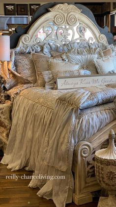 Tuscan Furniture, Dream Furniture, Home Decor Furniture, Home Decor Bedroom, Furniture Design, Home Room Design, Master Bedroom Design, Home Interior Design, Luxury Bedding Collections