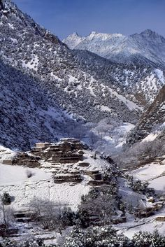 Chitral is the largest district in the Khyber-Pakhtunkhwa province of Pakistan, covering an area of 14,850 km². It is the northernmost district of Pakistan. It shares a border with Gilgit-Baltistan to the east, with Kunar, Badakshan and Nuristan provinces to the north and west, and with Swat and Dir to the south. A narrow strip of Wakhan Corridor separates Chitral from Tajikistan in the north.