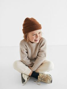 Purl-knit sweater with round neck and long sleeves. Vintage Kids Clothes, Kids Clothes Boys, Kids Style Boys, Hipster Kids Clothes, Zara Kids, Toddler Fashion, Boy Fashion, Baby Boy Outfits, Kids Outfits