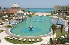 The best of all worlds, the Iberostar Grand Hotel Paraiso combines all-inclusive convenience with luxurious accommodations, butler service and a breath-taking Caribbean beach.
