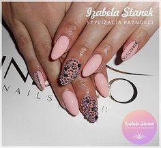 by Iza Stanek, Indigo Italia Find more Inspiration at www.indigo-nails.com #nails #nailsart #blingbling