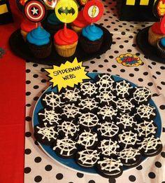 Superhero party food ideas - Visit to grab an amazing super hero shirt now on sale! Superhero Party Food, Batman Party, Avengers Birthday, Batman Birthday, 4th Birthday Parties, 3rd Birthday, Birthday Ideas, Super Party, Super Hero Party Snacks