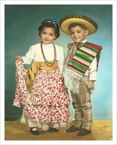 Souza's Happy Place — badassmexicans: awwww pero que chulos! Retro Pictures, Cultural Studies, World Cultures, Dance, Hats, Vintage, Halloween, Fashion, Ethnic Dress