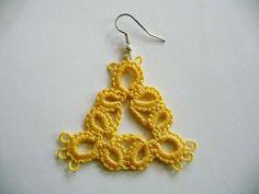 Tatting earrings and bracelet yellow
