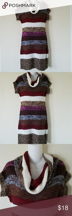 Rue 21 cowl sweater dress sz large Rue 21 cowl sweater dress size large. Short sleeves, body fitting, soft and comfy. In excellent used condition. Rue 21 Dresses