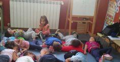 LLevamos ya bastantes días haciendo sesiones de Mindfulness en el aula. Existen numerosos estudios de su beneficio en los niños. He...