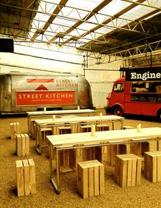 A traveling restaurant using a food truck~! Good idea! PopUp Republic