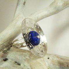 by_gabriela / Silver ring Grandullón, lapislayuli stone